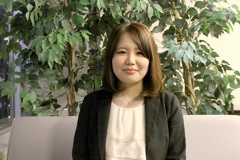 須崎綾さんに、マル秘トークを聞いてみました。
