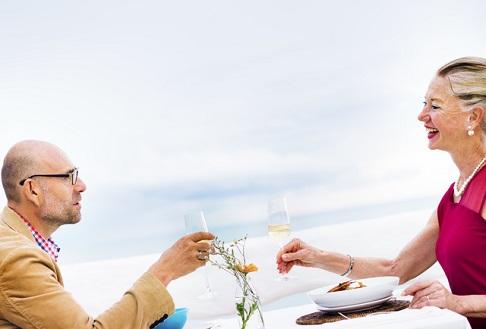 アラフォーの婚活は自分から行動する