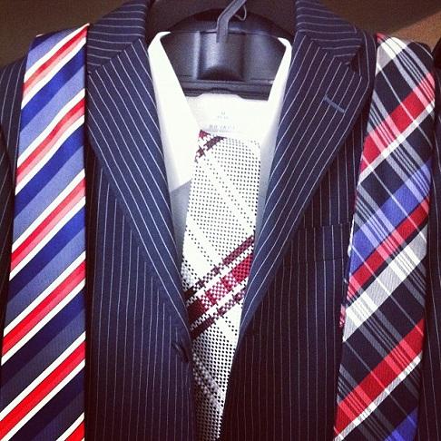 スーツ、シャツ、ネクタイ…、それぞれの組み合わせ